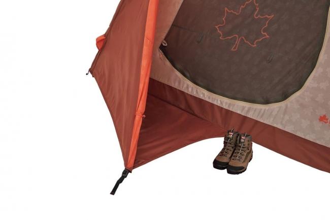 【エアマジックPANELドームM-AH】 室内に入る時の靴の脱ぎ履きに便利な ウェルカムシートの設置。