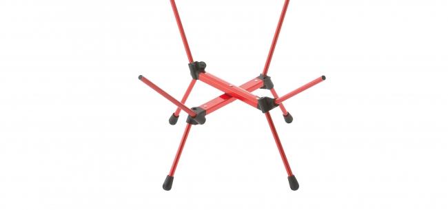 7001ジュラルミンフレームは 軽量かつ強度抜群。 脚部フレームはX字型構造なので 安定性に優れている。