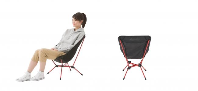 約1.1kgと軽量なのに安定感抜群で 座り心地も快適。