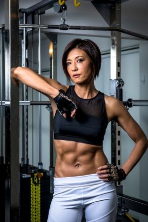 フィットネスフィギュア女性チャンピオン 豊島 香奈子がプログラムを監修
