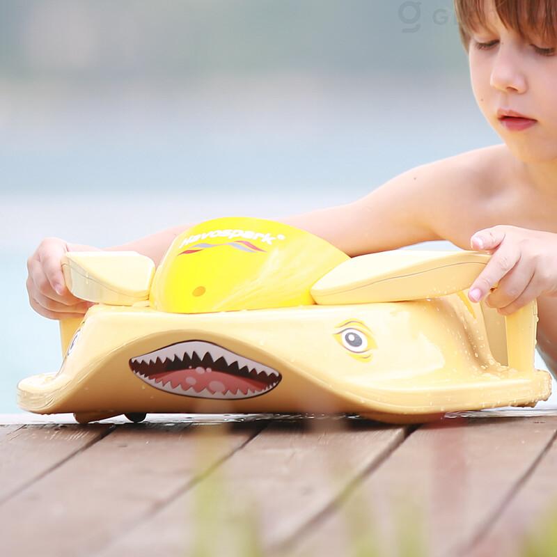 ★新商品★「Sharki」子供のための革新的な電動水泳ビート板【プール/海/キックボード/水遊び】をGLOTURE.JPで販売開始