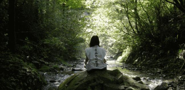 瞑想の様子