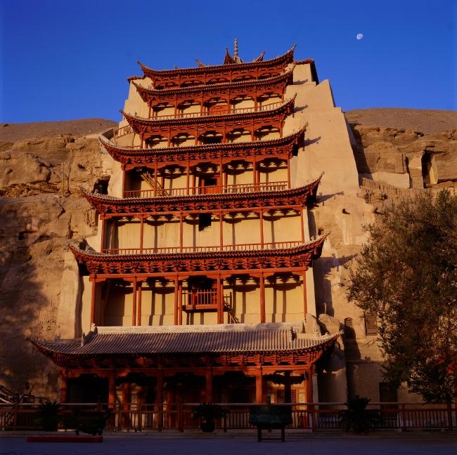 「莫高窟」 写真提供:中国国家観光局(大阪)