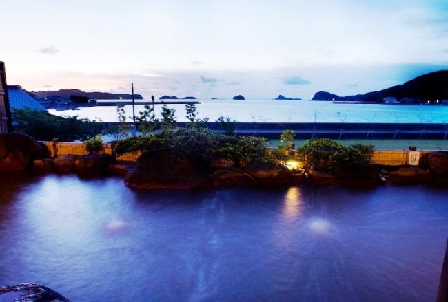 壱岐 湯ノ本温泉の旅館「海里村上」露天風呂