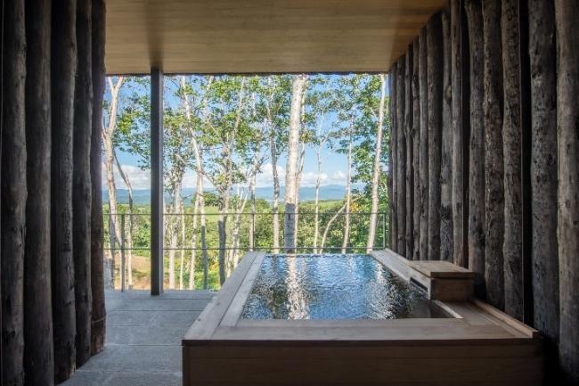 「坐忘林」 客室露天風呂の一例