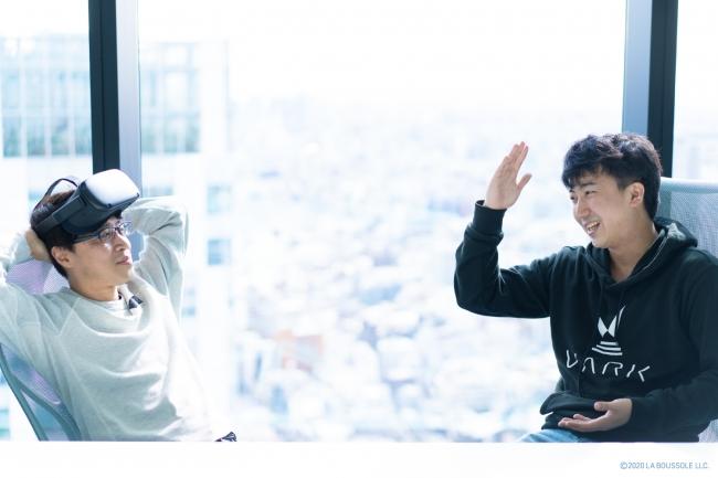 亀井智英氏(写真左)