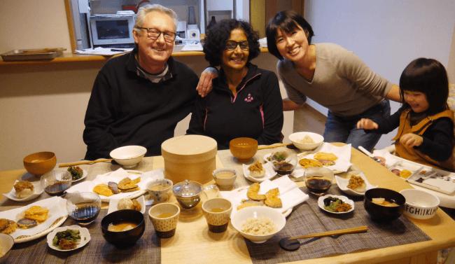 ベジタリアン外国人旅行者は日本の一般家庭で精進料理を食べることができる。