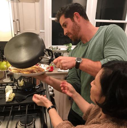 料理を通して世界からの旅行者と現地の日本人を繋げ、  交流の輪を広げる。