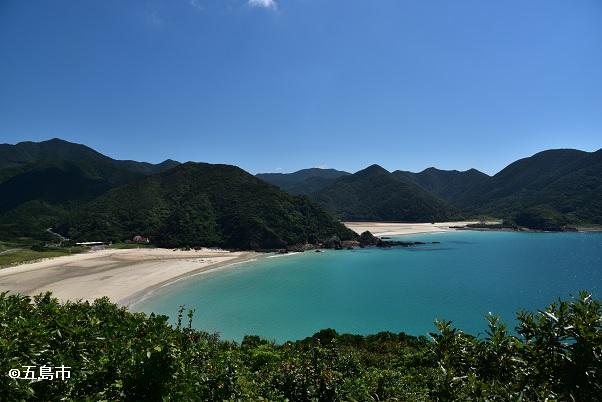 ドライブコースにある高浜海水浴場。日本一美しい砂浜と言われている。
