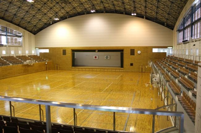 五島市中央公園市民体育館(メインアリーナ)