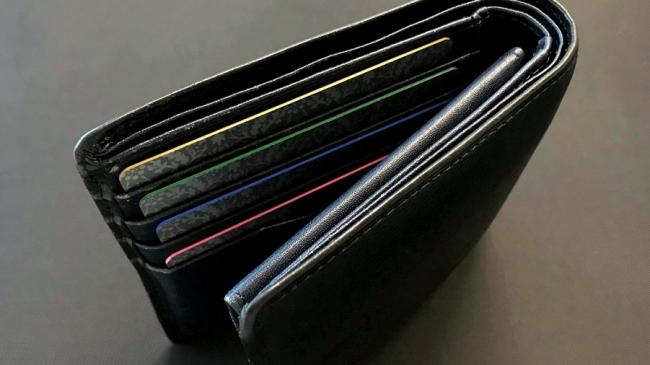 財布に入れた際にも目立つデザインを実現 ©Toppan Printing Co., Ltd.