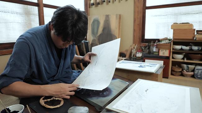 「東京・浮世絵工房のバーチャル見学」の様子
