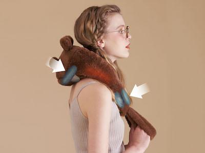 肩部にはヒーター付きで、じんわりと温めてくれます。