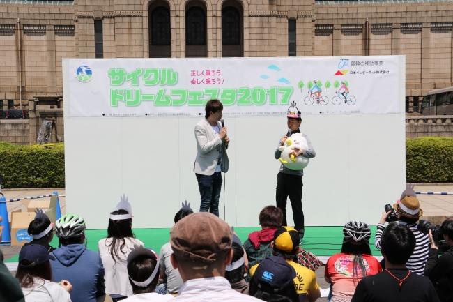 DJサッシャと栗村修TOJディレクター