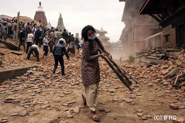 地震発災直後の、首都カトマンズの様子