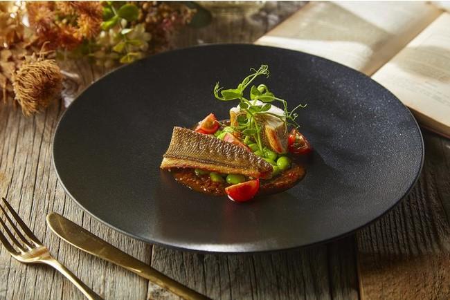 旬の魚を厳選し、一番美味しくお召し上がり頂ける調理法でご提供する「本日の魚料理」(アラカルト)
