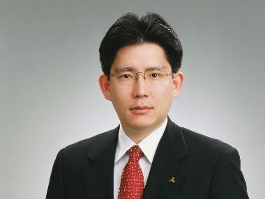 公益財団法人日本ハンドボール協会 会長 湧永 寛仁氏