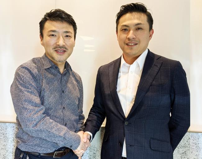 社外取締役に就任した和田氏(左)とbeepnowグループ代表のAlex Tsai(右)