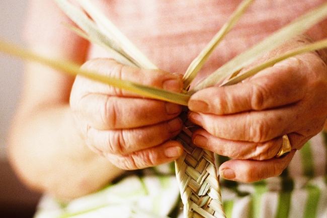 最南アルガルヴェのおばあちゃんたちによる手編み