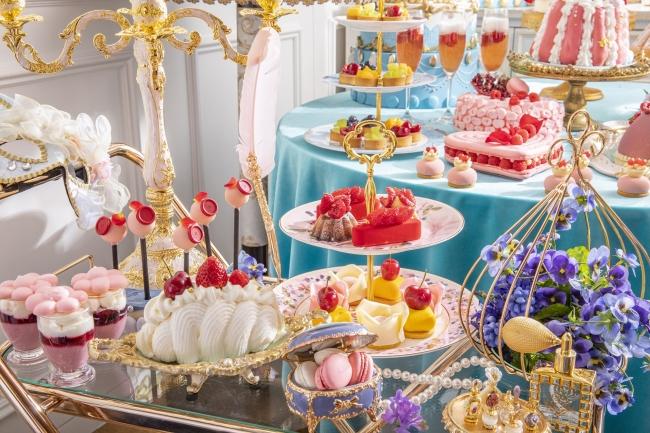 マリー・アントワネット着想の10種類のデザート