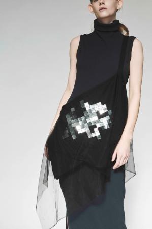 Embroidery Drape