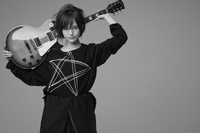 *Sayaka・Y One Star Long Sleeve T-Shirt カラーブラック 7,300(税別)