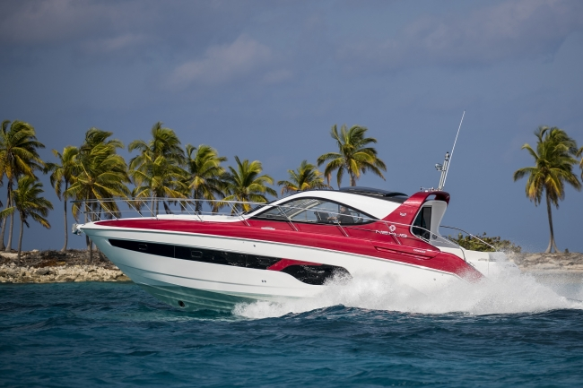 <The X47 in the waters of The Bahamas>