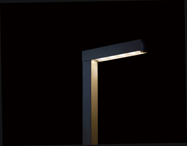 LED街路灯「Luminascape LINEAL(ルミナスケープ・リニアル)」標準タイプ