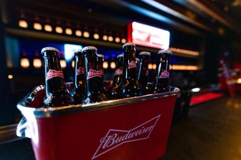 生まれ変わった新生Budweiser今後の展望を魅せるべく開催された、Budweiser PRESENTS-SHE'S BACK-イベントで見えた今後の展開
