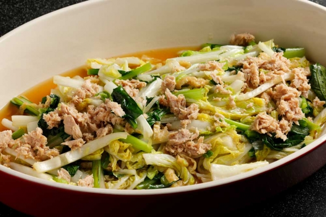 ツナの青菜炒め Tuna with stir-fried vegetables