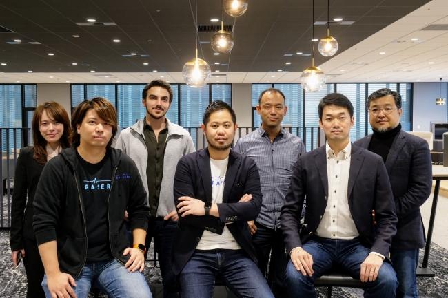 (写真後列左から、500 Startups Japan 吉澤 美弥子、James Riney、澤山 陽平、個人投資家 山下 哲也、前列、KURASERU 平山 流石、川原 大樹、DBJキャピタル 永原 健太郎)