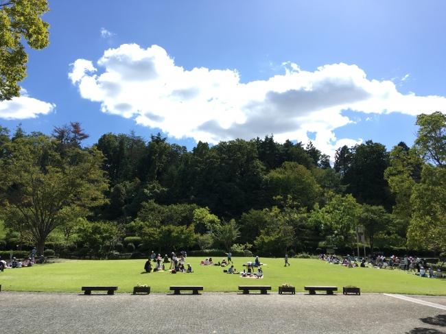 催し物広場(滋賀県営都市公園びわこ文化公園)