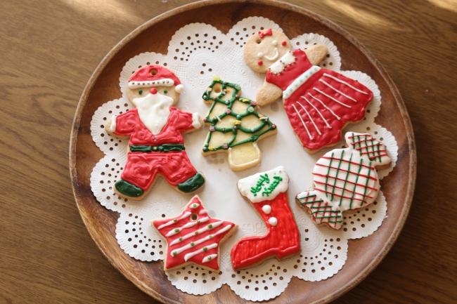 クリスマスオーナメントクッキー作り
