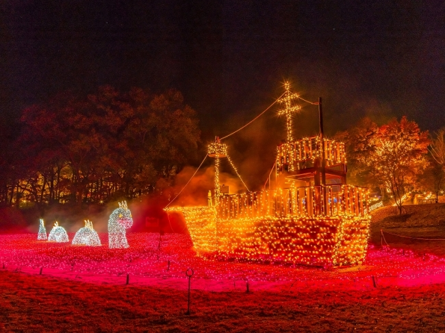 光の湖と海賊船