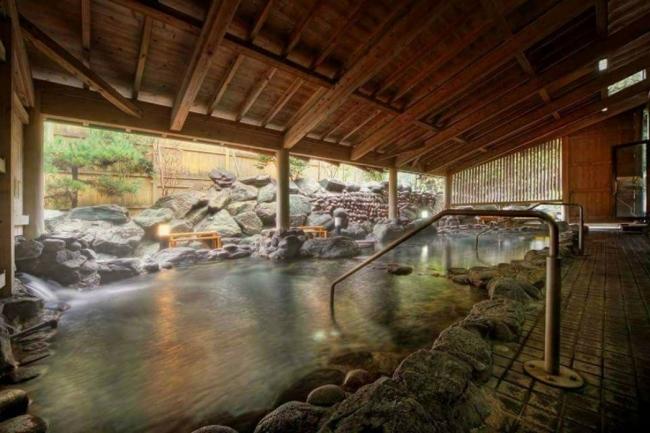 昭和レトロな温泉銭湯 ⽟川温泉