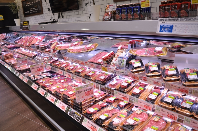 ライフ指定牧場で大切に育てられたブランド肉を各種取り扱いいたします。