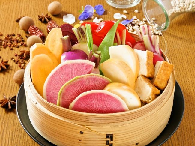 8種の季節野菜盛り合わせ