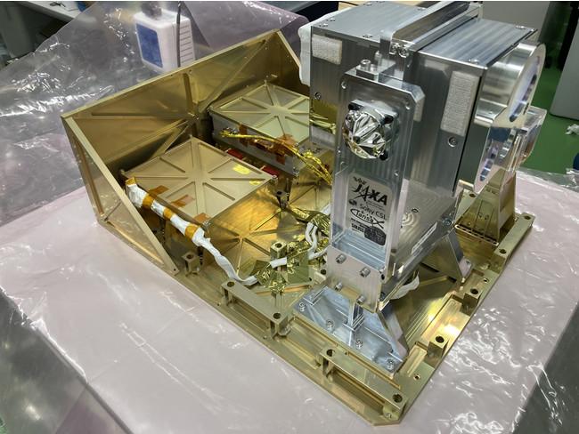 小型衛星光通信システム実機モック