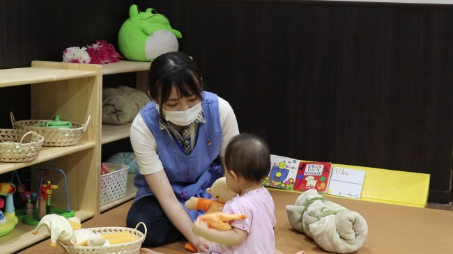 新型コロナウイルス感染拡大の中、初めて保育士という仕事に従事した新入社員