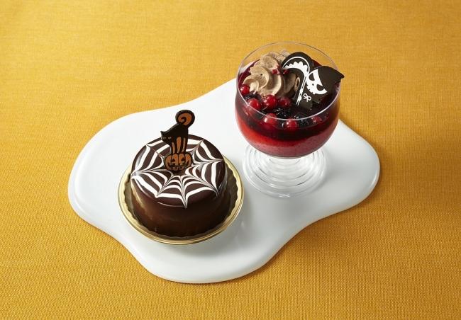 『コロンバン』(左)クモの巣ショコラ (右)ベリーとショコラのカップデザート