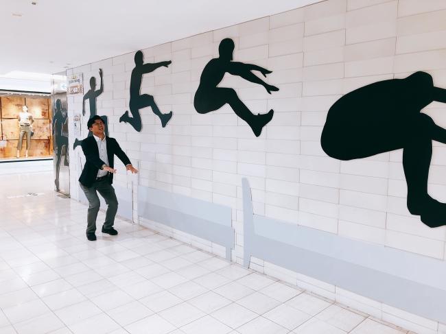 アスリートのすごさを体感できる展示スポット(本館1階「走り幅跳び」)