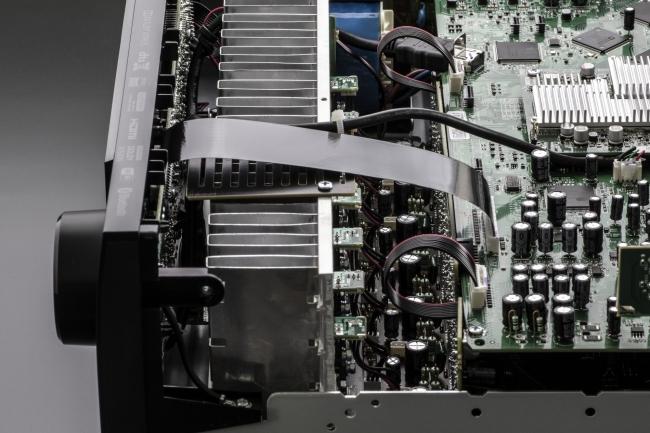 AVR-X1600H Power Amplifier