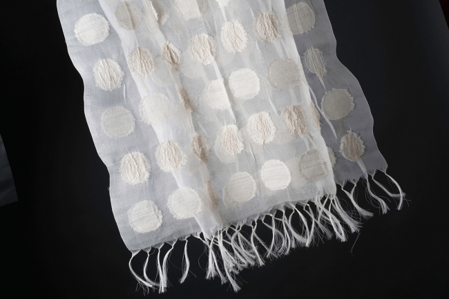 「kibiso」シルク製品 画像提供:芸団協