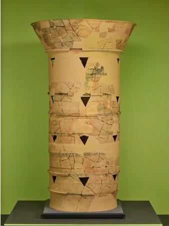 重要文化財 メスリ山古墳 大型円筒埴輪(橿原考古学研究所附属博物館蔵)