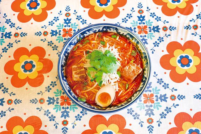 ティーヌンで提供「太肉トムヤムラーメン」