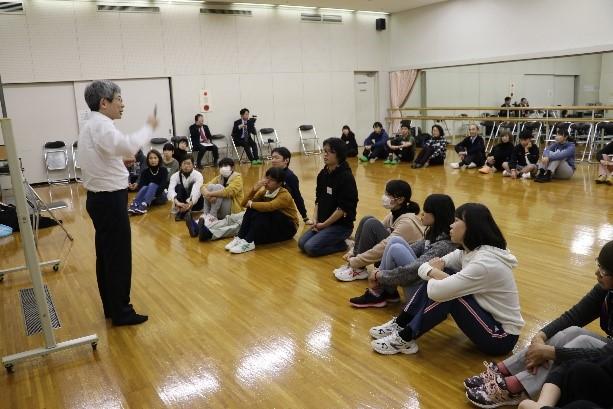 平田オリザさんによる「演劇入門...