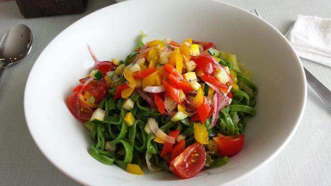 レストラン ガロパンの「サラダパスタ」イメージ