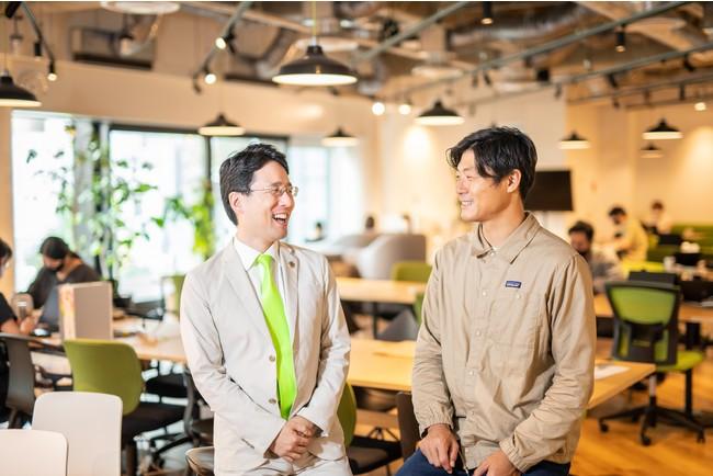 左から、代表取締役社長 出雲充、取締役代表執行役員CEO 永田暁彦