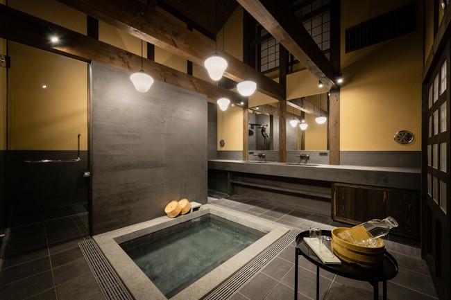 蔵を改修した大型貸切風呂『蔵風呂』