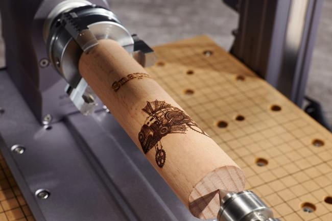 立体物へのレーザー刻印が可能に